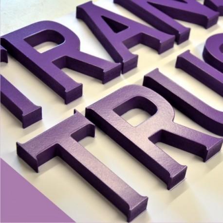 découpe de lettres relief PVC peint