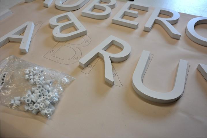 enseigne en kit lettre relief PVC