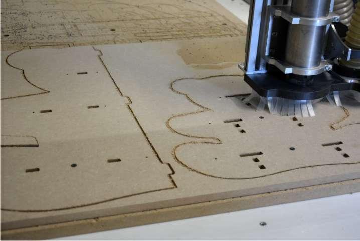 decoupe lettre bois CNC